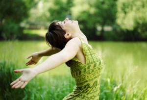 Как подтянуть кожу на животе быстро в домашних условиях? Упражнения и обертывание